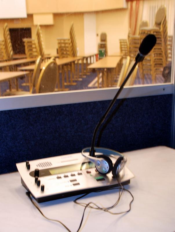Tlmočnícke služby vo všetkých svetových jazykoch-2